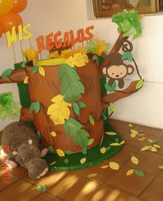 Irena T's Birthday / jungle animals - Photo Gallery at Catch My Party Jungle Theme Parties, Jungle Theme Birthday, Jungle Party, Safari Party, Animal Birthday, 1st Boy Birthday, Lion King Baby Shower, Baby Boy Shower, Zoo Animal Party