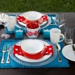 Who doesn't love Strawberries! Way Cute Table Setting. #DIY #Strawberries #July
