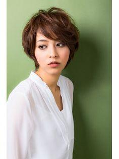short hair Short Hair Cuts, Short Hair Styles, Japanese Haircut, Short Bob Hairstyles, Haircuts, Salons, Hair Beauty, People, Beautiful