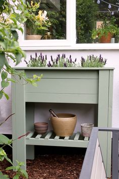 waist-height raised planter with shelf DIY tutorial perfect for beginners, perfect for adding height and greenery to a patio or balcony and to create an easier way to grow herbs or flowers for those who have issues with mobility. #diy #diygarden #planter #diyplanter #diyraisedplanter #raisedstandingplanter #raisedbed #raisedbeddiy #uk Raised Planter Beds, Raised Beds, Black Bin, Farmhouse Garden, Diy Planters, Growing Herbs, Compost, Diy Tutorial, Greenery