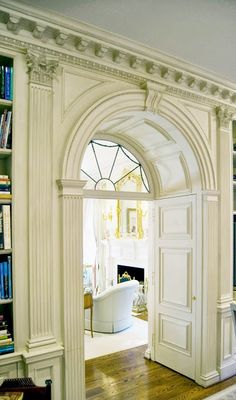 The Enchanted Home: Architect Spotlight: J. Wilson Fuqua and Associates - gorgeous millwork Classic Interior, Home Interior Design, Interior And Exterior, Interior Decorating, Interior Doors, Architecture Design, Chateau Hotel, Moldings And Trim, Moulding