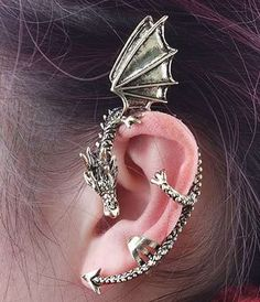 2 Dragon earcuff..Non Pierced Antique Bronze. Starting at $5 on Tophatter.com! I WANT A DRAGON!!