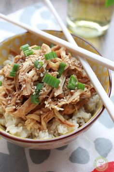 Slow cooker, crock pot, whatever you call it – it is a lifesaver for busy families. This week has been totally nutty for me. Lots of swim commitments in the afternoon and evenings and this weekend starts our weekend