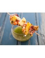 Crevettes bardées de ventrèche à l'ananas et sa sauce Pika Berdea