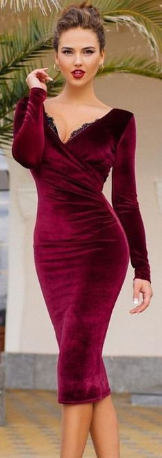 #winter #fashion / Burgundy V-neck Dress