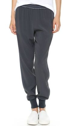 Must-have - yummy jogging pants - monstylepin #fashion #style #trend #musthave #joggingpants #sporty #ribbed