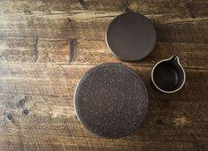 MENU | New Norm Dinnerware in Dark Glazed