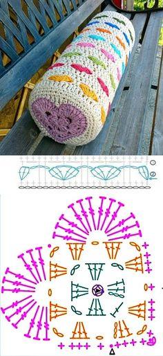 Casa bonita: 14 ideias de almofadas de crochê ⋆ De Frente Para O Mar - - Crochet Cushion Cover, Crochet Pillow Pattern, Crochet Motifs, Crochet Cushions, Crochet Diagram, Crochet Chart, Crochet Squares, Crochet Doilies, Crochet Stitches
