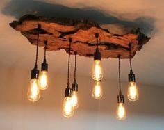 Artículos similares a Crear su propio personalizado pequeño vivo borde madera losa luminaria con lámpara de bombillas de Edison colgante rústico-tierra / escultural en Etsy