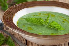 Natural Antihistamine, Souped Up, Pureed Soup, Seasonal Allergies, Balsamic Vinegar, Seaweed Salad, Soup And Salad, Palak Paneer, Veggie Food
