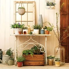 Pretty garden-inspired decor