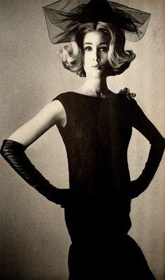 Fashion 1960s - vintage gloves