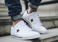 bcf98e25547f New CONVERSE One Star Leather Sneaker Mens white black