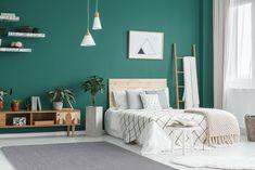 Puha, finom, igazán komfortos szőnyeg, mely a hálószobák és kisforgalmú helységek ízléses dísze lehet. Green Room Colors, Green Rooms, Bedroom Green, Bedroom Decor, Bedroom Ideas, Bedroom Wall, Bedroom Designs, Bedroom Furniture, Teal Rooms