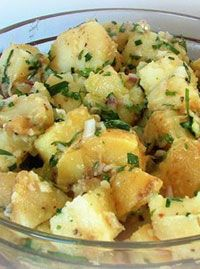 This recipe comes from The Barefoot Contessa Cookbook, by Ina Garten. This is a healthier alternative to potato salad made with mayonnaise-- perfect for transporting . French Potato Salad, French Potatoes, German Potatoes, Potato Salad No Mayo, Cook Potatoes, Batata Potato, Cookbook Recipes, Cooking Recipes, Homemade Cookbook