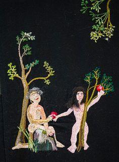 En alldeles egen värld - Lena Permér på Marks Konsthall i Kinna - I en stor, från Hallands konstmuseum inlånad broderad bonad blommar det bokstavligt ut i den bibliska berättelsen om Edens lustgård. (detail)  Paradiset heter den.