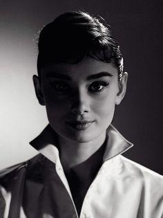 Audrey Hepburn1_111218