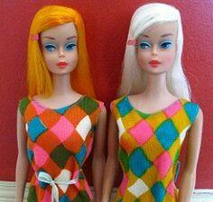 Dal's Dolls® Scarlet Flame-Golden Blonde™ & Platinum™-Blonde™ Color Magic Barbies® 1150 modeling Cristóbal Balenciaga's color-changiing Harlequin Pattern MOD'ern Swimsuits (Yahoo! Malibu Barbie, Barbie I, Barbie Dream, Vintage Barbie Dolls, Barbie World, Barbie And Ken, Barbies Pics, Psychedelic Colors, Harlequin Pattern