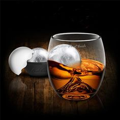 Länger kühlen und besser schwenken: #Whiskey-Glas  auf Eis