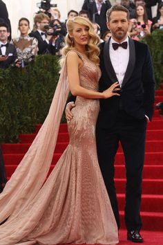 Is this Blake Lively's wedding dress? See the pic and decide