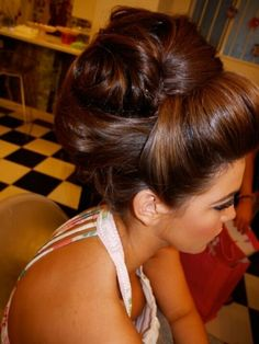 Love it when the front is pumped up like this! #updo #bighair #wedding