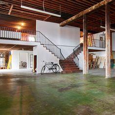 Massive West Adams Deco Warehouse Artist Loft, Los Angeles, CA Warehouse Living, Warehouse Home, Warehouse Design, Warehouse Apartment, Converted Warehouse, Los Angeles Apartments, Bone Crafts, Artist Loft, Cottage Christmas