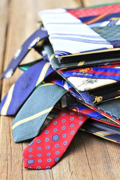 12 Unusual Ways to Wear a Tie