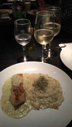 Abadejo ao molho de salsa com Risoto de Brie e Pêra @ Oca Restaurante, Santos/SP