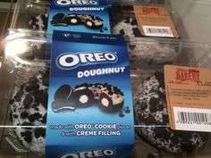 Oreo Cookie Cake, Oreo Cookies, Appetizer Buffet, Appetizers, Doughnut, Sweet Tooth, Bakery, Food And Drink, Ice Cream