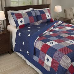 Reinvent your room with the Carolyn Quilt Set by Windsor Home. The soft microfiber patchwork quilt features classic stars and stripes and trendy plaid patterns in the patriotic colors of red, white and blue.