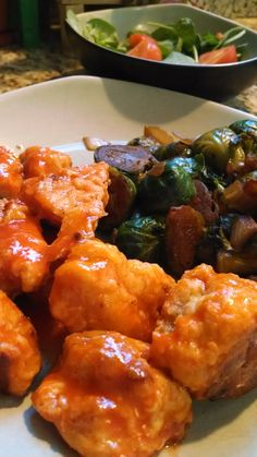 Baked 21 Day Fix EXTREME Eating Plan: Buffalo Chicken and Brussels Sprouts  | HealthyFeelsHappy.com