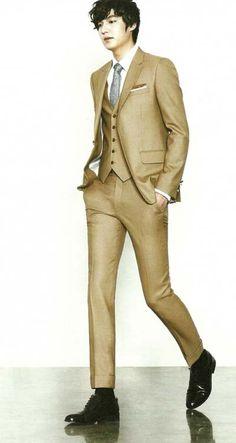 Never thought tan suits could look so good! Park Hae Jin, Park Seo Joon, Park Hyung, So Ji Sub, Korean Star, Korean Men, Asian Actors, Korean Actors, Korean Dramas