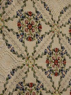 what a beauty  applique quilt