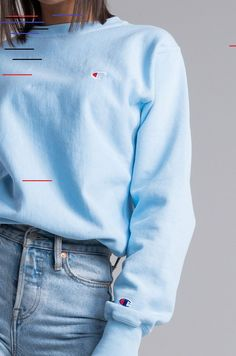 Champion Reverse Weave Women's Crew Neck Small Embroidered C Sweatshirt in Mission Green, Upstate Blue, Juniper Blue - Detail View Champion Reverse Weave Crew Neck Sweatshirt in Upstate Blue Source by janetgwendesign - Mode Outfits, Fall Outfits, Casual Outfits, Fashion Outfits, Fashion Hacks, Diy Fashion, Indian Fashion, Style Fashion, Spring Fashion