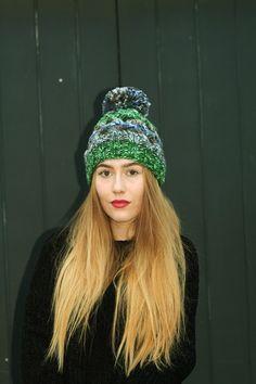 Zimowa czapka HiMalaya JoyFull Colors z pomponem w Barabella_shop na DaWanda.com