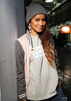 Grey and Pink Varsity Jacket. Geek TShirt. Grey Beanie. Urban Fashion. Urban Style. Urban Outfit. Swag. Streetwear. Julie Sarinana Style