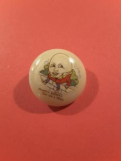 Vintage nursery rhyme button of Humpty Dumpty. Casein button with vintage transfer. Approx diameter with inset plastic shank. Baa Baa Black Sheep, Humpty Dumpty, Vintage Nursery, Vintage Buttons, Nursery Rhymes, Old And New, Handmade Items, Etsy, Wall