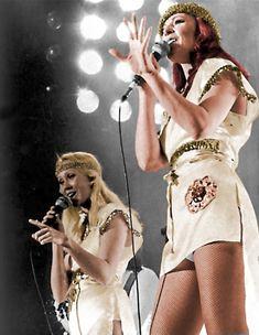 Agnetha Fältskog and Frida. Filles Punk Rock, Abba Lyrics, Abba Costumes, Frida Abba, Abba Mania, Female Singers, Celebs, Celebrities, Belle Photo
