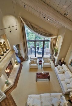 Luxury Interiors - Houzz.com@tracypillarinos.