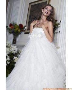 Moderne sexy Brautmode aus Tüll