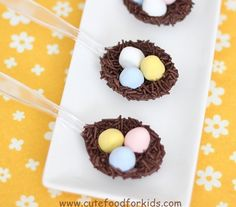 Make these delectable nests in a spoon and  45 BEST Spring Party, Craft & Decor Tutorials EVER with their LINKS!!! GIFT, PARTY, EVENT, SPRING, WEDDING DECOR. Blog & Photos from MrsPollyRogers.com