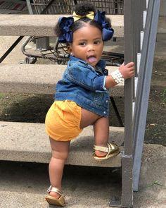 Siga para Pins 🌻💛Princess Jzh'xorri – Nail Effect – Hair is art Cute Mixed Babies, Cute Black Babies, Beautiful Black Babies, Cute Babies, Black Kids Fashion, Cute Kids Fashion, Baby Girl Fashion, Black Baby Girls, Cute Baby Girl