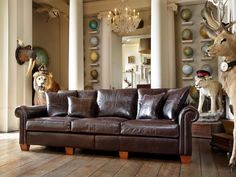 DURESTA PLANTATION - A classic traditional collection, the Duresta Plantation is elegantly designed to grace any size of living room. Available in three sofa sizes and two chair styles the Plantation collection offers extreme comfort with the seat cushions for the leather in Featherlux and the fabric in Supawrap (foam core with fibre wrap) and the back and scatter cushions duck feather filled.