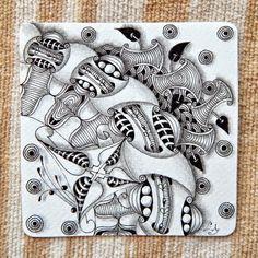 Huggins, Poke Leaf, Arc Flower, Inapod, Fescu, Black Pearls, Hypnotic, Fjord, and my pattern: Lealad.