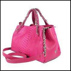 Love fucsia Ghibli bags! Real python leather! #fucsia #pythonskin #fluo #summer #spring #madeinItaly #love #luxury #life #fashion #funny #style #tuscany