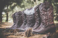 Lavandou Wedding Boots Cowboy Boots, Wedding Venues, Wedding Photography, Weddings, Shoes, Fashion, Wedding Reception Venues, Moda, Wedding Places