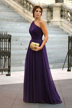 trendy_taste-look-outfit-street_style-vestido_boda-lila-violeta-purple-wedding_dress-smart-elegante-AD-adolfo_dominguez-golden_clutch-bolso_...