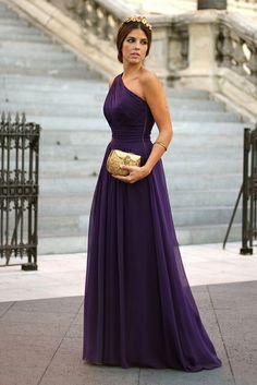 Vestido/Dress: Adolfo Domínguez (AW 13)  Tiara: 24Fab  Clutch: Adamarina  Maquillaje/Make up: Dior