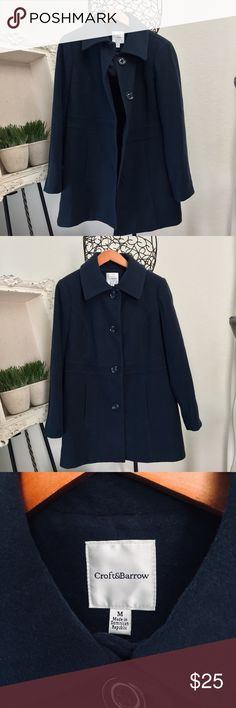 """Wool blend dark blue/ green peacoat - ❄️🎉 30"""" length-/ 19"""" pit to pit- flat. Is a dark blue with a green tint to it. ( maybe I am seeing things but that is the color to me ;) ) buttons up the front - fully lined — in excellent gently loved condition. Pockets at each hip. Nice and warm! * smoke free and pet less home* - odor free :) croft & barrow Jackets & Coats Pea Coats"""