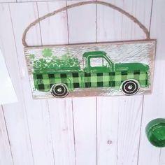 Pin by Windy City Crafts on Windy City Crafts [Video] Chalk Crafts, Vinyl Crafts, Chalk Art, Saint Patricks Day Art, Truck Crafts, Chalk Design, Dollar Tree Decor, Wooden Snowmen, Chalkboard Art